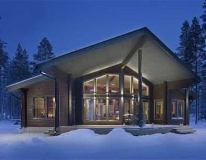 Fritidshus och stugor som används året runt planeras och levereras med liknande struktur samt dörrar och fönster som Kuusamo timmerhus som uppfyller de senaste energibestämmelser.